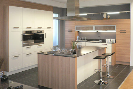 Küchenstudio Prisma in Plauen Küchenausstellung Elektrogeräte ...